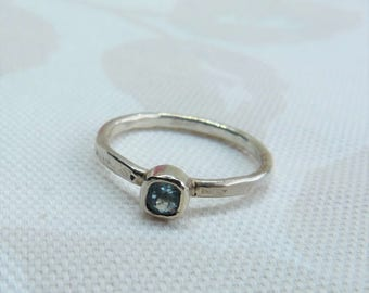Sterling Silver Square Blue Topaz Stacking Solitaire Ring with a textured band, Size N.
