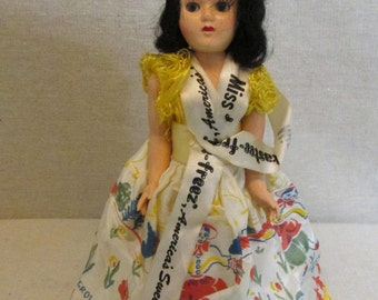 Vintage 1950's Hard Plastic Sleep Eyes Storybook Doll Miss Tastee-Freeze Mary Mary Quite Contrary Outfit