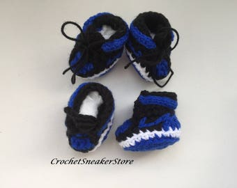 Dog boots Dog booties Crochet dog shoes dogs sneakers Dogs clothes Small Dog Breeds  small dog boots  paw protectors