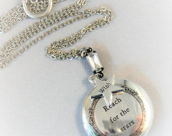 Reach For The Stars,Star Necklace,Wish Necklace,Vintage Necklace,Star Locket,Wish Locket,Make a Wish,Vintage Diamond,Diamond Locket,Wishstar