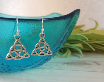 Celtic Knot Earrings, Celtic Earrings, Trinity Knot, Triquetra, Viking Earrings, Silver Trinity Earrings, Celtic Jewelry, Irish Knot Earring