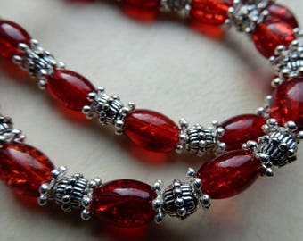 Red Crackle glass beads and silver-plated beads necklace