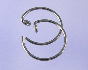 KISS5: Small pseudo-sleeper niobium earrings