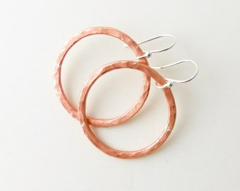 Hammered Copper Circle - Large Copper Hoop Earrings - Rustic Copper Earrings - Modern Minimal Earrings - Dangle Earrings - Drop Earrings