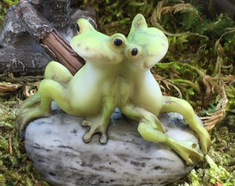 Animal & Doll Figurines