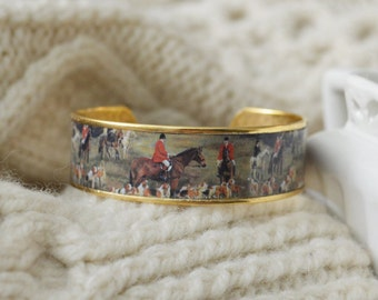 Horse Bracelet, Equestrian Jewelry, Equestrian Bracelet, Equestrian Cuff, Horse Jewelry, Vintage Jewelry, Vintage Hunting Print