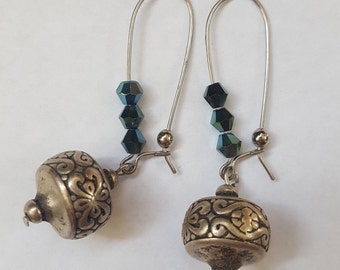 Silver earings with blue-green crystals