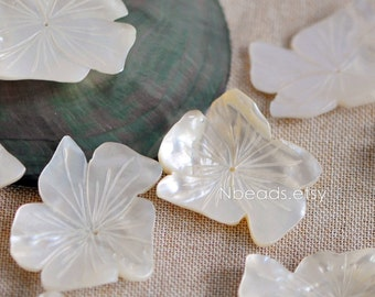 10pcs White Mother of Pearl Shell Unique Flowers 40-45mm Large (V1214)
