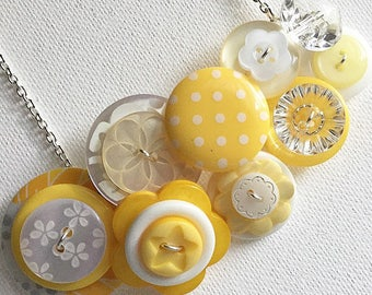 Button Necklace - Banana Anna