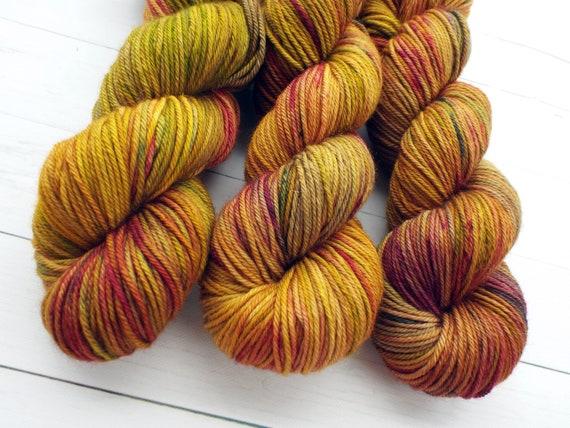 Hand Dyed Yarn 100% Superwash Merino Yarn Worsted Weight Yarn - 220 Yards - Tonal Speckled Yarn Gold Yarn Yellow Yarn  - Pirate's Treasure