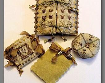 Fern Ridge - Basket of Acorns Set