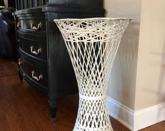 Russell Woodard Spun Fiberglass Accent Table / Plant Stand / Outdoor Woven Furniture ~ #3852