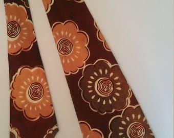 Vintage 1940's wide floral swing Era necktie