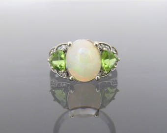 Vintage 14K Solid White Gold 5.55ct Natural White Opal, Peridot & White Topaz Ring Size 8
