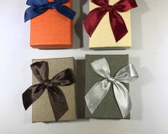 Add a Gift Box - Choose the color