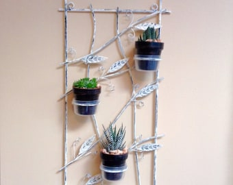 Succulent plant holder made of metal, hanging succulent planter, wall decor, pot hanger, metal hanger, planter, shabby chic plant hanger