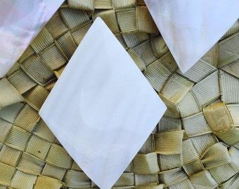 White cabebe shell diamond shape pendant-white shell, Tahitian costume, jewelry, pendant, white pearl, polynesian