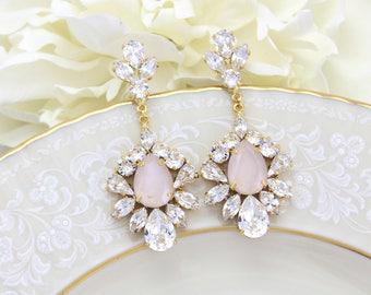 Bridal earrings chandelier, Bridal jewelry, Ivory cream earrings, Swarovski crystal earrings, Statement earrings, Chandelier earrings
