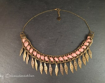 Statement necklace bronze pink