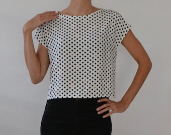 Boxy cropped top / polka dots / boxy top / cropped top / polka dot top / white blouse / black and white top / cropped t shirt top