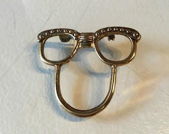 Vintage Cat Eye Glasses Brooch