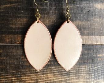 Leather earrings, leather jewelry, dangle earrings, boho earrings, statement earrings, lightweight earrings, vintage jewelry, bohemian