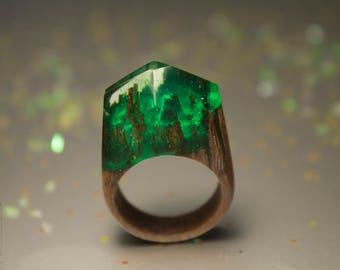 Green forest Resin rings,Wood jewelry Ring her,Wood green resin ring,epoxy wood ring,Forest ring women,Resin eco ring her,Green resin rings