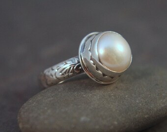 Freshwater Pearl Ring. Natural Pearl Ring. White Pearl Ring. Sterling Silver Ring. Bridal Jewelry. June Birthstone *custom made