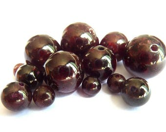 Garnet Pearl Ø 10 mm PF0200 has individually gemstone gemstone semi precious