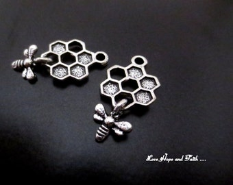 """Charm """"Bee & honey color silver (26x13mm) (cod. New)"""