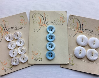 Vintage Mermaid Pearls Graphic Carded Shell Buttons Blue White
