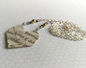 Sweetheart Literary Origami Paper Heart Necklace // Harry Potter