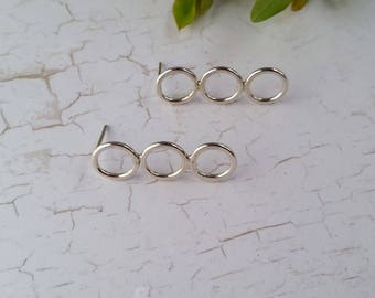 Silver Circle Earrings. Sterling Silver, eco friendly silver earrings, circle studs, contemporary earring, Geometric earrings, Gift for Her