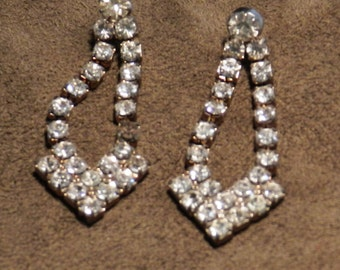 Vintage Rhinestone Earrings with Posts           00603