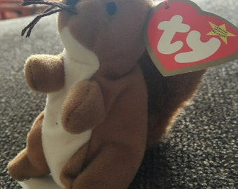 "Ty Teenie Beanie Babies ""Nuts the Squirrel"""