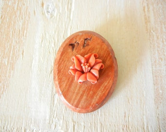 1950's Wood and Carved Celluloid Floral Brooch