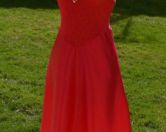 Red sheer lace long night gown size small