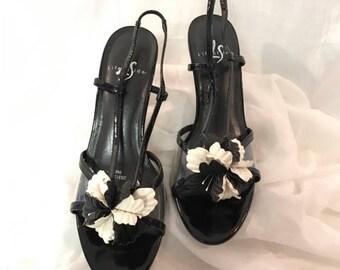"Vintage Black Slingback 3"" Heels by Life Stride Size 9M Clear Plastic Sides Black White Flower Few Scratches on Left Heel"