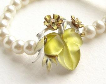 Bridal pearl necklace, vintage citrine glass brooch, lemon flower OOAK bridal pearl necklace