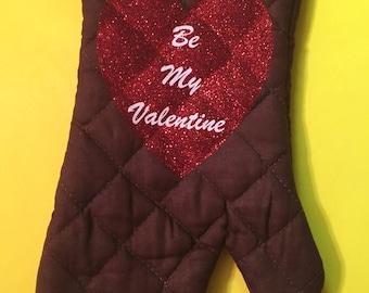 Valentines Day Oven Mitt