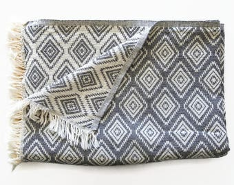 Throw Blanket in Black White Diamond | 100% Pure Cotton Blanket | Charcoal Gray Sofa Throw | Organic Day Blanket | Bed Cover | Camping Plaid