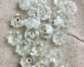 Lamp Work Beads, white and clear, patterned, 25 beads per lot, only 1 lot available