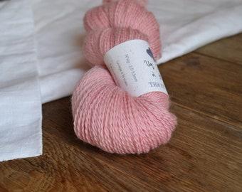 Un Printemps à Kyoto - Echeveau de laine mérinos biologique teinture naturelle