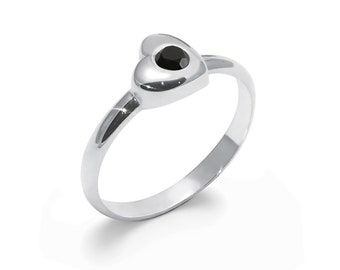 Black Onyx Ring, 925 Sterling Silver. SIZE 5.50, color black, weight 2.3g, #46687