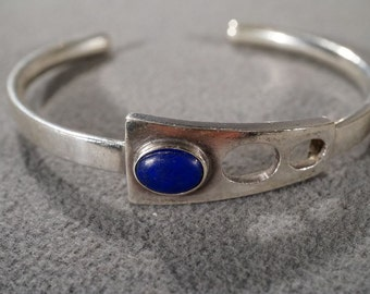 Vintage Sterling Silver Oval Lapis Curved Artist Design Bold Cuff Bangle Bracelet   #278        **RL