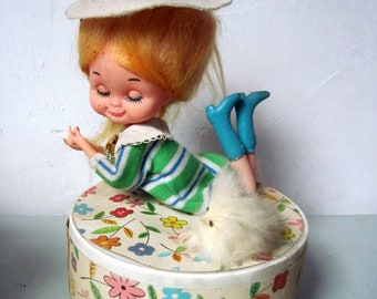 Vintage 1970s ROMAN doll music box with dog