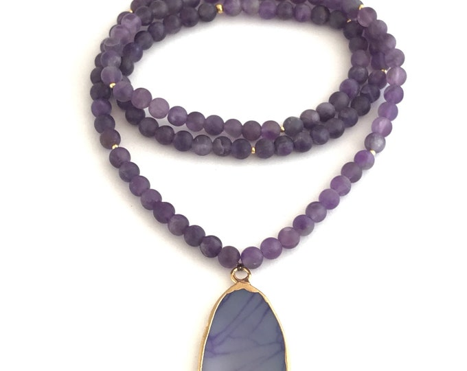 Purple matte  amethyst mala necklace with agate slice pendant