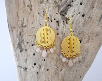 Dangle earrings ethnic style, gold, opal and beige nude pink Opal (BO206)