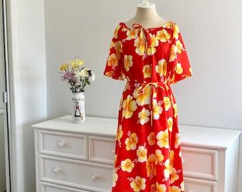 Vintage 1970 Orange Red Yellow Floral Hilo Hattie Hawaii Muumuu