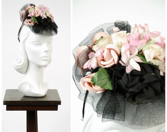 Vintage 1940s Hat - Darling Glossy Black Horsehair Ruffled 40s Tilt Hat with Decadent Millinery Flower Bouquet and Grosgrain